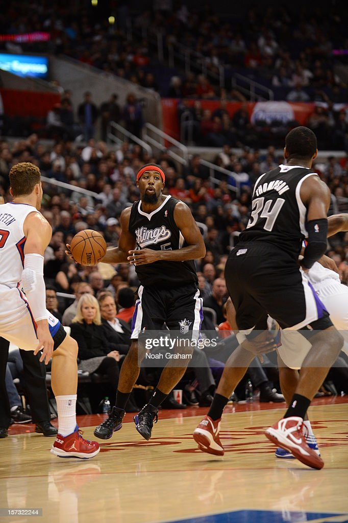 John Salmons #5 of the Sacramento Kings prepares to pass during the game between the Los Angeles Clippers and the Sacramento Kings at Staples Center on December 1, 2012 in Los Angeles, California.