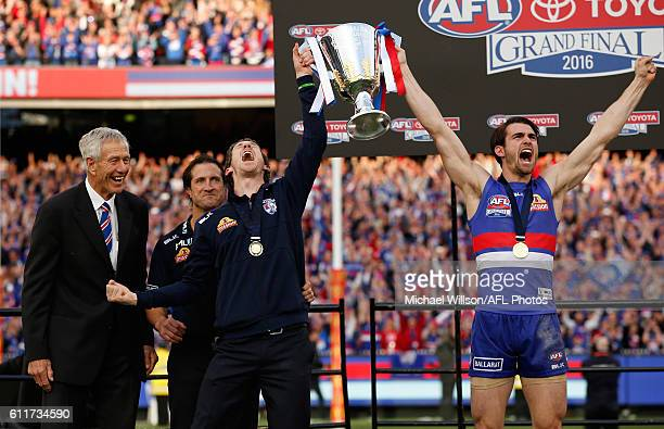 John Schultz Luke Beveridge Senior Coach of the Bulldogs Robert Murphy of the Bulldogs and Easton Wood of the Bulldogs celebrate during the 2016...