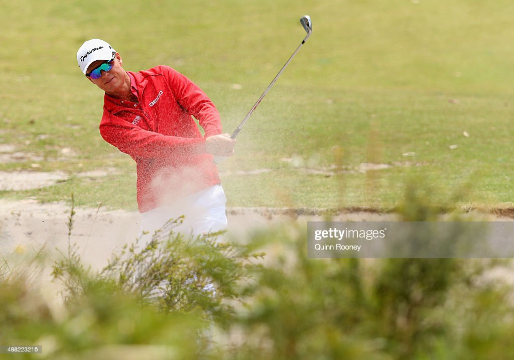 <a gi-track='captionPersonalityLinkClicked' href=/galleries/search?phrase=John+Senden&family=editorial&specificpeople=588020 ng-click='$event.stopPropagation()'>John Senden</a> of Australia plays out of the bunker during the final round of the 2015 Australian Masters at Huntingdale Golf Club on November 22, 2015 in Melbourne, Australia.