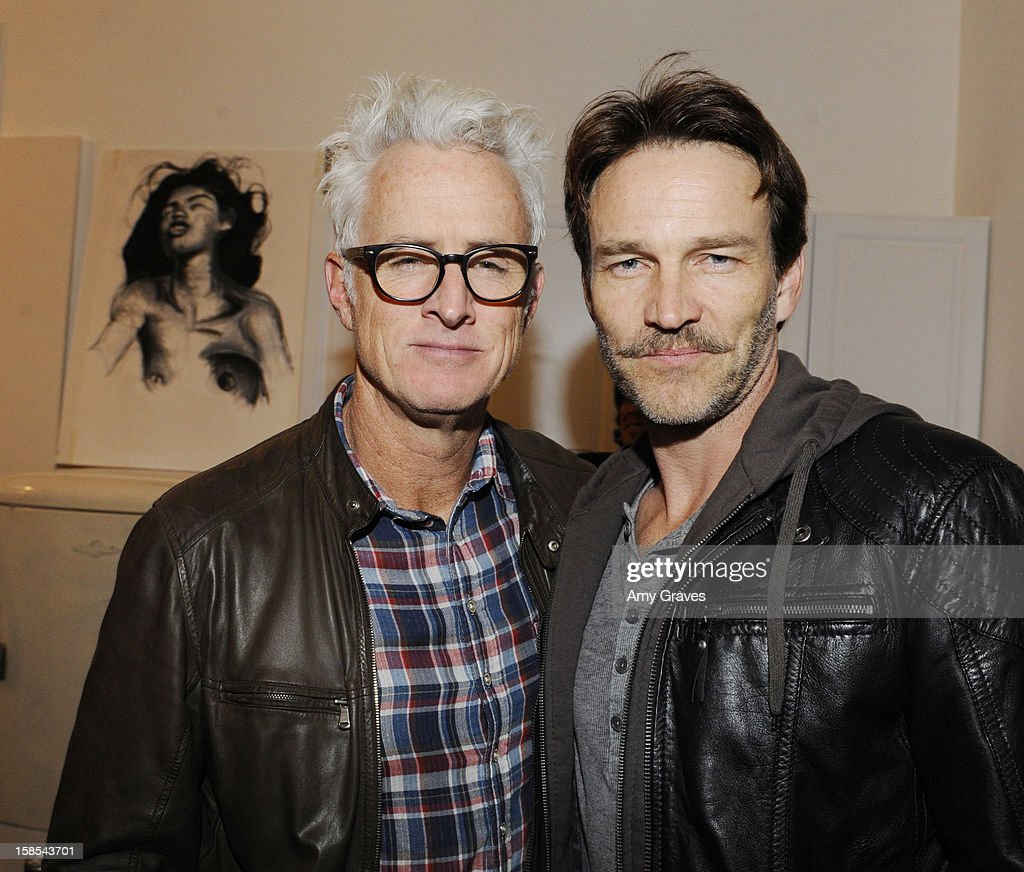 <a gi-track='captionPersonalityLinkClicked' href=/galleries/search?phrase=John+Slattery&family=editorial&specificpeople=857095 ng-click='$event.stopPropagation()'>John Slattery</a> and <a gi-track='captionPersonalityLinkClicked' href=/galleries/search?phrase=Stephen+Moyer&family=editorial&specificpeople=4323688 ng-click='$event.stopPropagation()'>Stephen Moyer</a> attend Lorien Haynes' Art Show at The Quest on December 14, 2012 in Los Angeles, California.