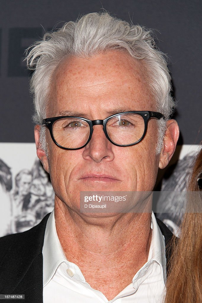 <a gi-track='captionPersonalityLinkClicked' href=/galleries/search?phrase=John+Slattery&family=editorial&specificpeople=857095 ng-click='$event.stopPropagation()'>John Slattery</a> attends the Museum of Modern Art film benefit honoring Quentin Tarantino on December 3, 2012 in New York City.
