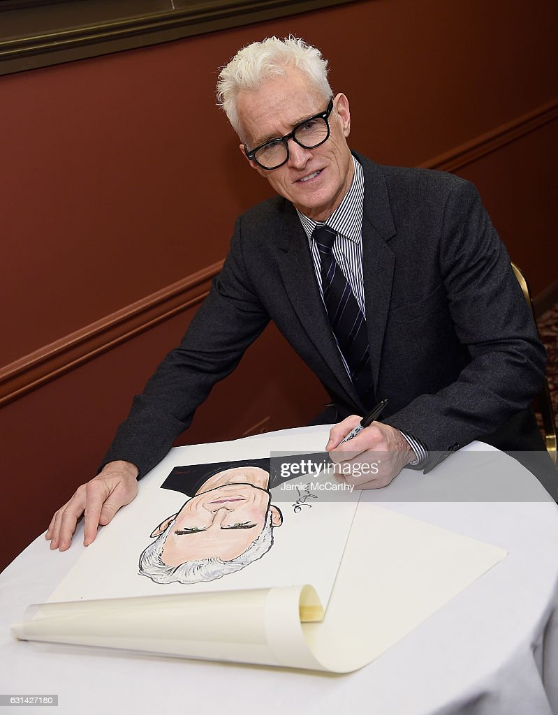 John Slattery poses with his caricature at the Sardi's Caricatures Unveiling at Sardi's on January 10, 2017 in New York City.