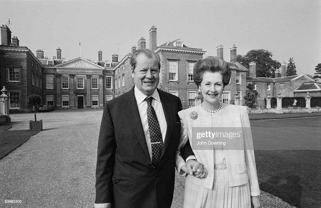 John Spencer, 8th Earl Spencer (1924 - 1992) with his second wife Raine, Countess Spencer at Althorp, the family seat in Northamptonshire, December 1986.