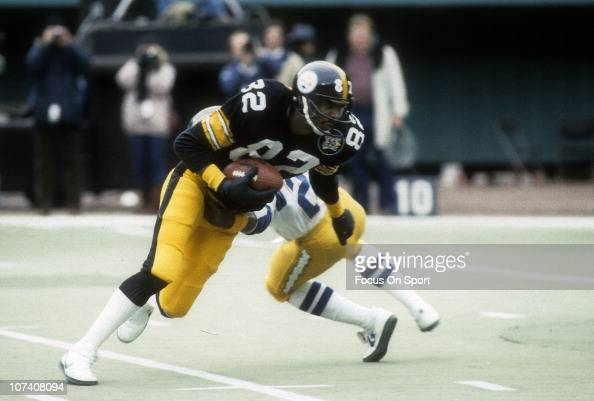 John Stallworth of the Pittsburgh Steelers in action against the San Diego Chargers during the NFL/AFC wildcard football game at Three Rivers Stadium...