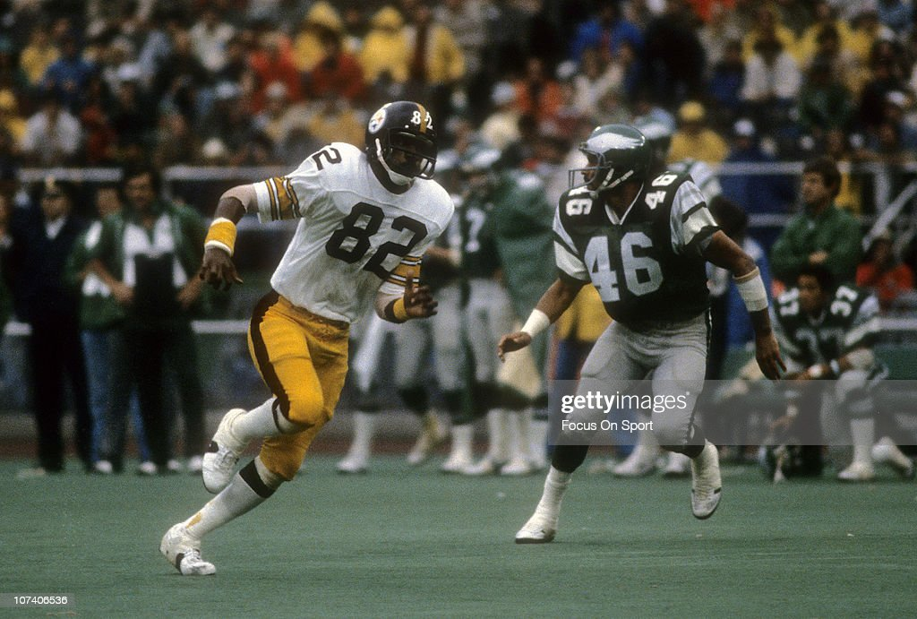 <a gi-track='captionPersonalityLinkClicked' href=/galleries/search?phrase=John+Stallworth&family=editorial&specificpeople=585421 ng-click='$event.stopPropagation()'>John Stallworth</a> #82 of the Pittsburgh Steelers runs a pass rout against <a gi-track='captionPersonalityLinkClicked' href=/galleries/search?phrase=Herman+Edwards&family=editorial&specificpeople=204711 ng-click='$event.stopPropagation()'>Herman Edwards</a> #46 of the Philadelphia Eagles during the NFL football game at Veterans Stadium September 30, 1979 in Philadelphia, Pennsylvania. Stallworth played for the Steelers from 1974-87.