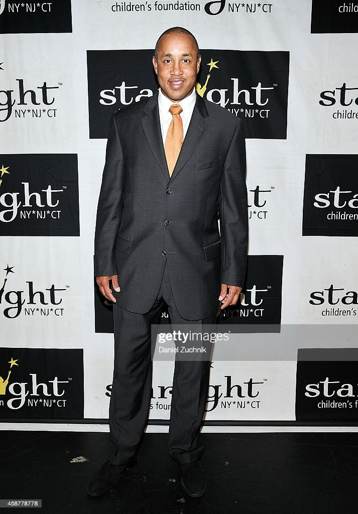 <a gi-track='captionPersonalityLinkClicked' href=/galleries/search?phrase=John+Starks&family=editorial&specificpeople=211118 ng-click='$event.stopPropagation()'>John Starks</a> attends the Starlight Children's Foundation 25th Annual Sports Auction at Hard Rock Cafe - Times Square on November 10, 2014 in New York City.