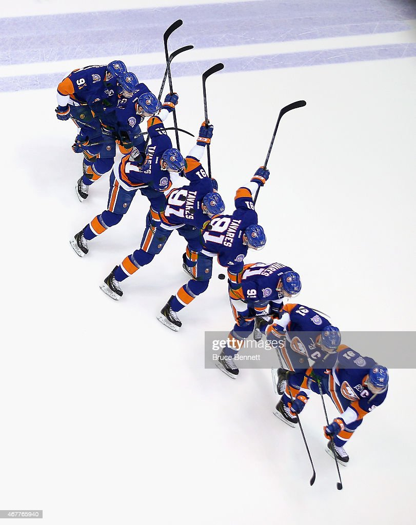 <a gi-track='captionPersonalityLinkClicked' href=/galleries/search?phrase=John+Tavares&family=editorial&specificpeople=601791 ng-click='$event.stopPropagation()'>John Tavares</a> #91 of the New York Islanders skates during warmups prior to the game against the Los Angeles Kings at the Nassau Veterans Memorial Coliseum on March 26, 2015 in Uniondale, New York.