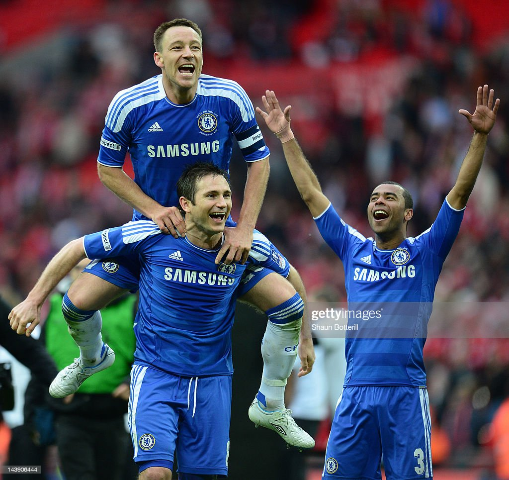 John Terry Frank Lampard and Ashley Cole of Chelsea celebrate victory after the FA Cup with Budweiser Final match between Liverpool and Chelsea at...