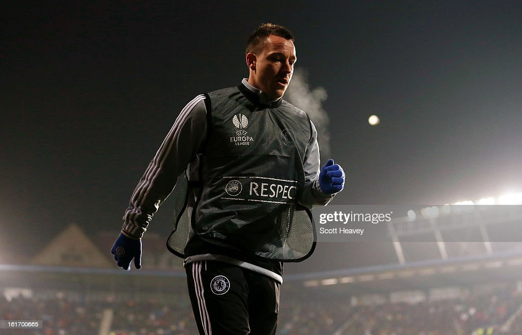 <a gi-track='captionPersonalityLinkClicked' href=/galleries/search?phrase=John+Terry&family=editorial&specificpeople=171535 ng-click='$event.stopPropagation()'>John Terry</a> of Chelsea warms up during the UEFA Europa League match between AC Sparta Praha and Chelsea on February 14, 2013 in Prague, Czech Republic.
