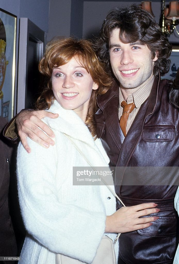 John Travolta and Marilu Henner during John Travolta Sighting in London December 5 1978 at Inn on the Park Hotel Mayfair in London Great Britain
