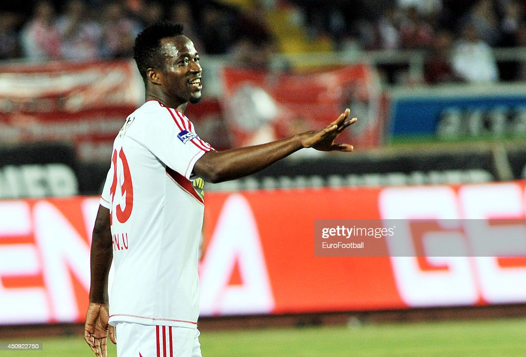 <a gi-track='captionPersonalityLinkClicked' href=/galleries/search?phrase=John+Utaka&family=editorial&specificpeople=654081 ng-click='$event.stopPropagation()'>John Utaka</a> of Sivasspor in action during the Turkey Super Lig match between Antalyaspor and Sivasspor match at the Akdeniz University Stadium on April 21,2014, in Antalya,Turkey.