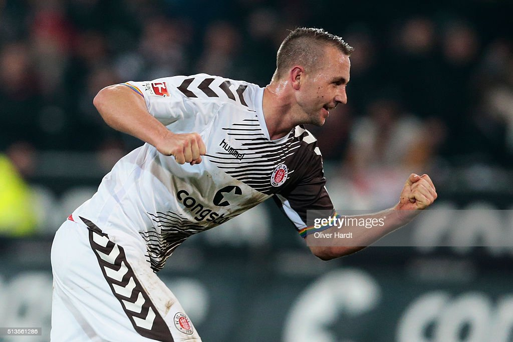 John Verhoek of St Pauli celebrates after scoring their first goal during the Second Bundesliga match between FC St Pauli and Eintracht Braunschweig...