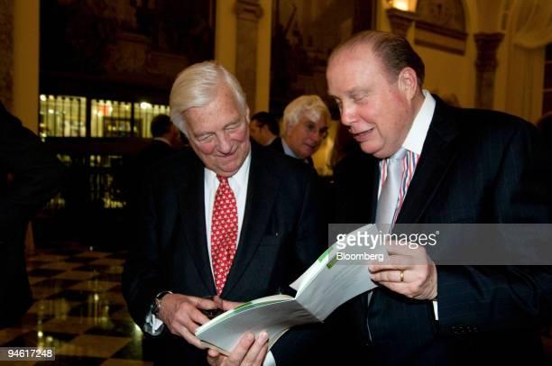John Whitehead left former cochairman Goldman Sachs speaks to Lee Kjelleren president and chief executive officer of the Museum of American Finance...