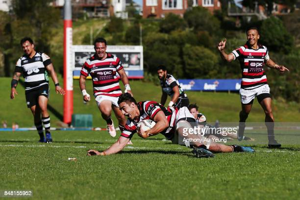Johnathan Kawau of Counties Manukau scores a try during the round five Mitre 10 Cup match between Counties Manukau and Hawke's Bay at ECOLight...