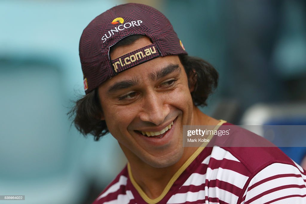<a gi-track='captionPersonalityLinkClicked' href=/galleries/search?phrase=Johnathan+Thurston&family=editorial&specificpeople=233427 ng-click='$event.stopPropagation()'>Johnathan Thurston</a> laughs during a Queensland Maroons State Of Origin captain's run at ANZ Stadium on May 31, 2016 in Sydney, Australia.