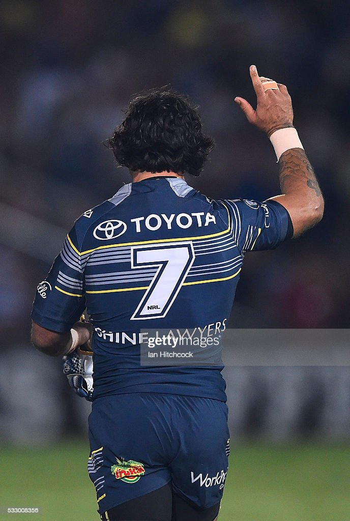 Johnathan Thurston of the Cowboys acknowledges the crowd at the start of the round 11 NRL match between the North Queensland Cowboys and the Brisbane Bronocs at 1300SMILES Stadium on May 20, 2016 in Townsville, Australia.
