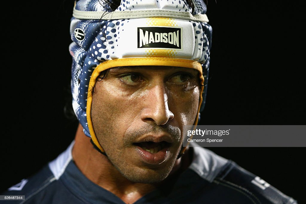 <a gi-track='captionPersonalityLinkClicked' href=/galleries/search?phrase=Johnathan+Thurston&family=editorial&specificpeople=233427 ng-click='$event.stopPropagation()'>Johnathan Thurston</a> of the Cowboys looks on during the round nine NRL match between the Manly Sea Eagles and the North Queensland Cowboys at Brookvale Oval on April 30, 2016 in Sydney, Australia.