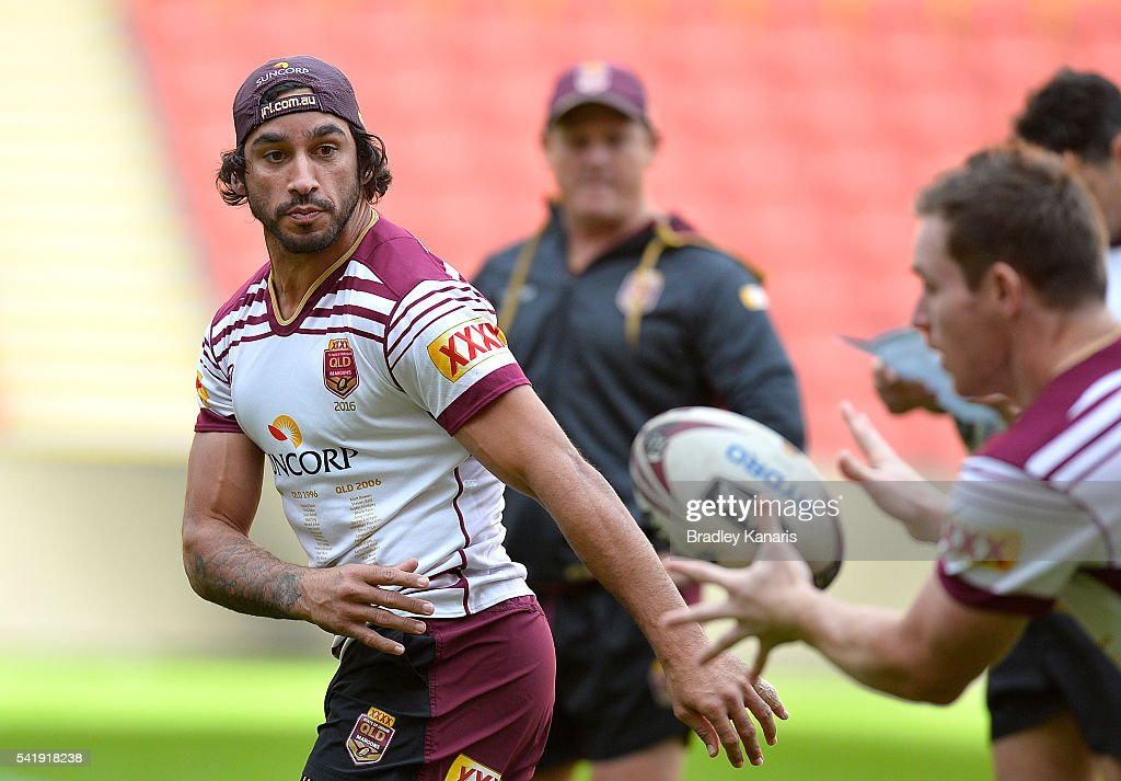 Johnathan Thurston passes the ball during a Queensland Maroons State of Origin training session at Suncorp Stadium on June 21, 2016 in Brisbane, Australia.
