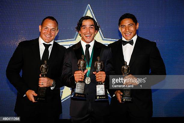 Johnathan Thurston poses after winning the 2015 Dally M Medal at Jupiters Casino on September 28 2015 in Townsville Australia Pictured with Matt...