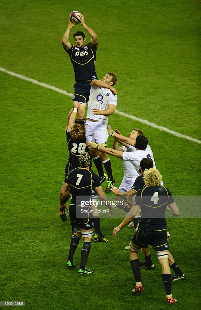 <a gi-track='captionPersonalityLinkClicked' href=/galleries/search?phrase=Johnnie+Beattie&family=editorial&specificpeople=4355668 ng-click='$event.stopPropagation()'>Johnnie Beattie</a> of Scotland wins the lineout ball from <a gi-track='captionPersonalityLinkClicked' href=/galleries/search?phrase=Chris+Robshaw&family=editorial&specificpeople=2375303 ng-click='$event.stopPropagation()'>Chris Robshaw</a> of England during the RBS Six Nations match between England and Scotland at Twickenham Stadium on February 2, 2013 in London, England.