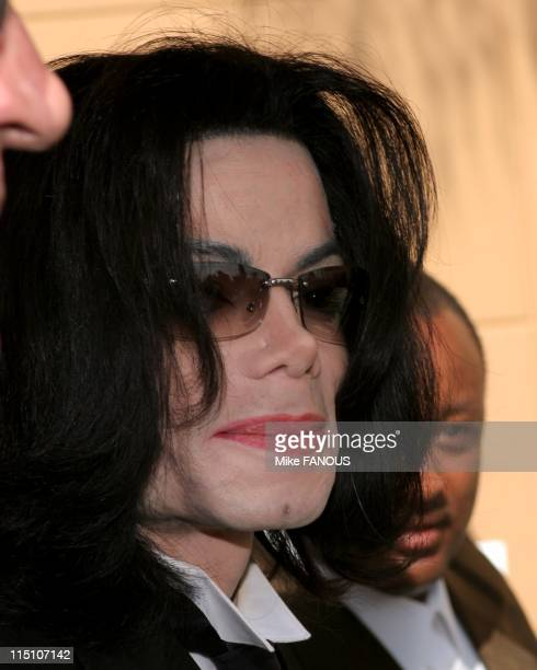 Johnnie Cochran Funeral in Los Angeles United States on April 06 2005 Michael Jackson at Johnnie Cochran's Funeral at West Angeles Cathedral