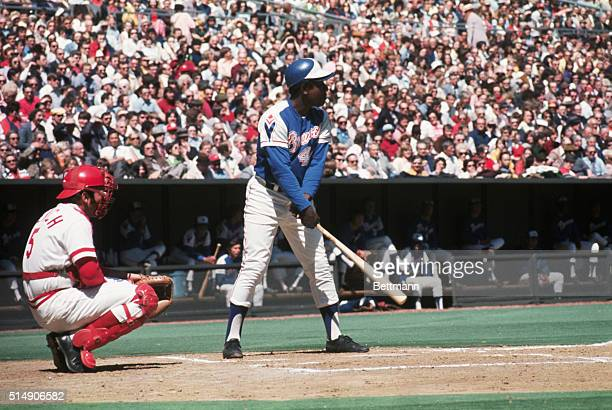 Johnny Bench is catcher for the Cincinnati Reds as Hank Aaron comes to bat for the Atlanta Braves just before hitting his 714th homerun to tie the...