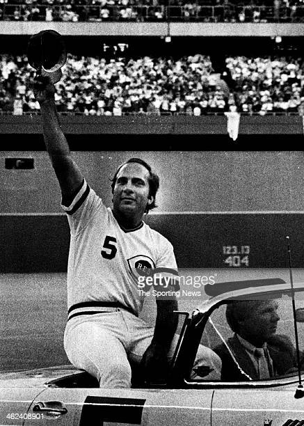 Johnny Bench rides around the ballpark greeting the 53790 fans that came to see Johnny catch his last game ever for the Cincinnati Reds setting a new...