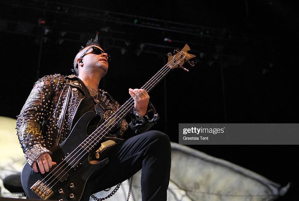 <a gi-track='captionPersonalityLinkClicked' href=/galleries/search?phrase=Johnny+Christ&family=editorial&specificpeople=558719 ng-click='$event.stopPropagation()'>Johnny Christ</a> of Avenged Sevenfold performs at the Ziggo Dome on November 19, 2013 in Amsterdam, Netherlands.