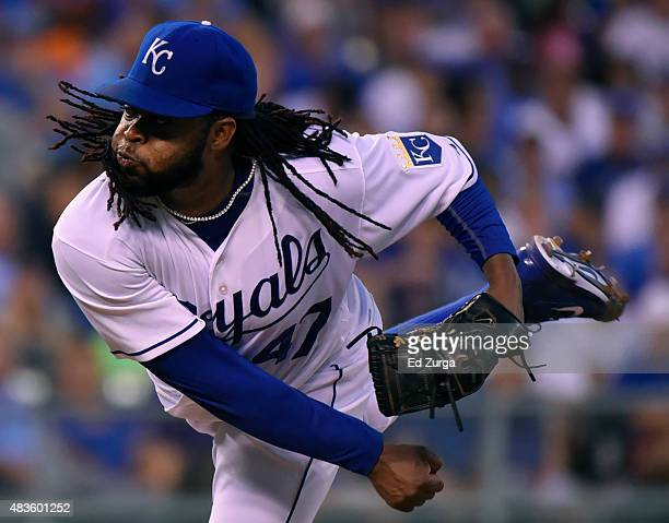 Johnny Cueto of the Kansas City Royals pitches in the fifth inning against the Detroit Tigers in the fifth inning at Kauffman Stadium on August 10...