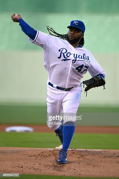 Johnny Cueto of the Kansas City Royals warms up prior to pitching against the Detroit Tigers in the first inning at Kauffman Stadium on August 10...