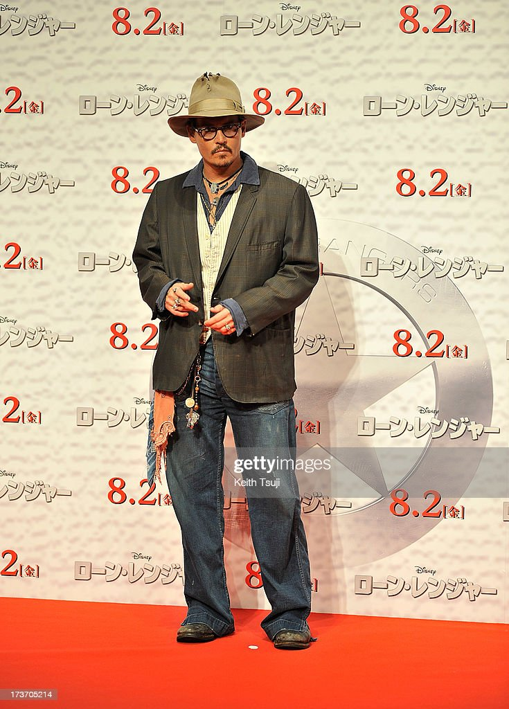 <a gi-track='captionPersonalityLinkClicked' href=/galleries/search?phrase=Johnny+Depp&family=editorial&specificpeople=202150 ng-click='$event.stopPropagation()'>Johnny Depp</a> attends the 'Lone Ranger' photo call at Park Hyatt Tokyo on July 17, 2013 in Tokyo, Japan. The film will open on August 2 in Japan.
