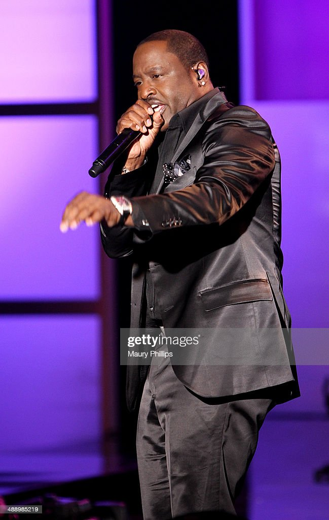 <a gi-track='captionPersonalityLinkClicked' href=/galleries/search?phrase=Johnny+Gill&family=editorial&specificpeople=233428 ng-click='$event.stopPropagation()'>Johnny Gill</a> performs at 'Verses And Flow' Season 4 taping presented by TV One at Siren Studios on May 8, 2014 in Hollywood, California.