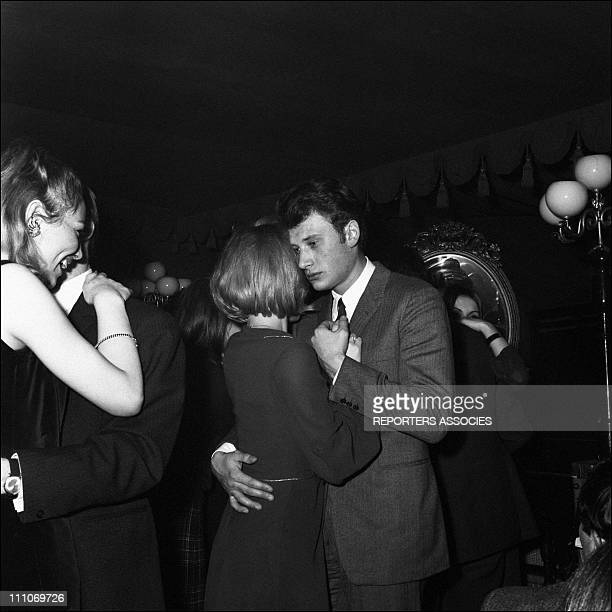 Johnny Hallyday in the sixties in France Johnny Hallyday is dancing with Sylvie Vartan in France on February 28 1965