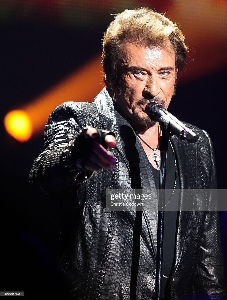 Johnny Hallyday performs on stage at the Royal Albert Hall on October 16, 2012 in London, United Kingdom.