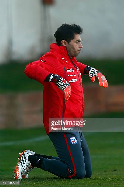 Johnny Herrera goalkeeper of Chile exercises during the Chile morning training session at Complejo Deportivo Juan Pinto Durán on May 28 2014 in...