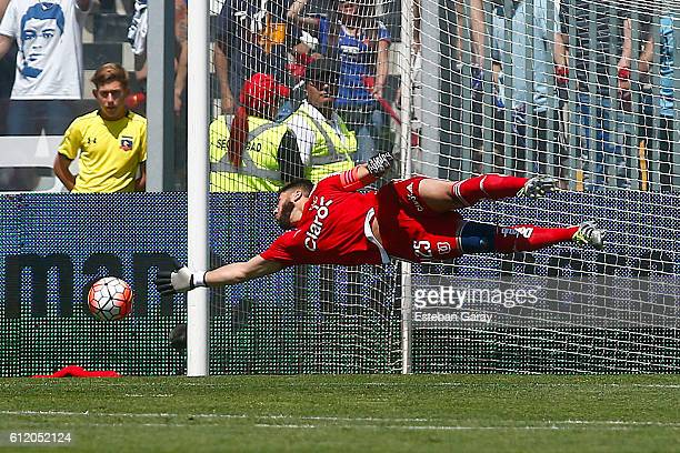 Johnny Herrera goalkeeper of U de Chile jumps for the ball during a match between Colo Colo and U de Chile as part of Torneo Apertura 20162017 at...