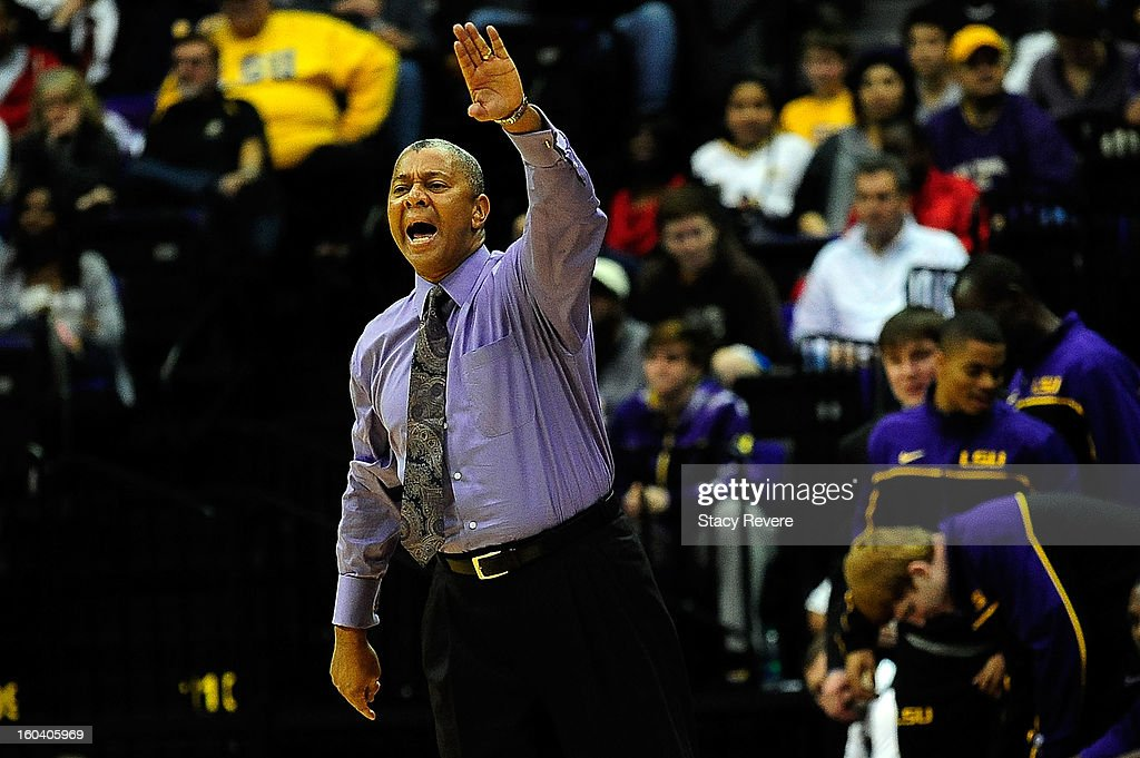 Johnny Jones, head coach of the LSU Tigers, instructs his players during a game against the Missouri Tigers at the Pete Maravich Assembly Center on January 30, 2013 in Baton Rouge, Louisiana. LSU won the game 73-70.