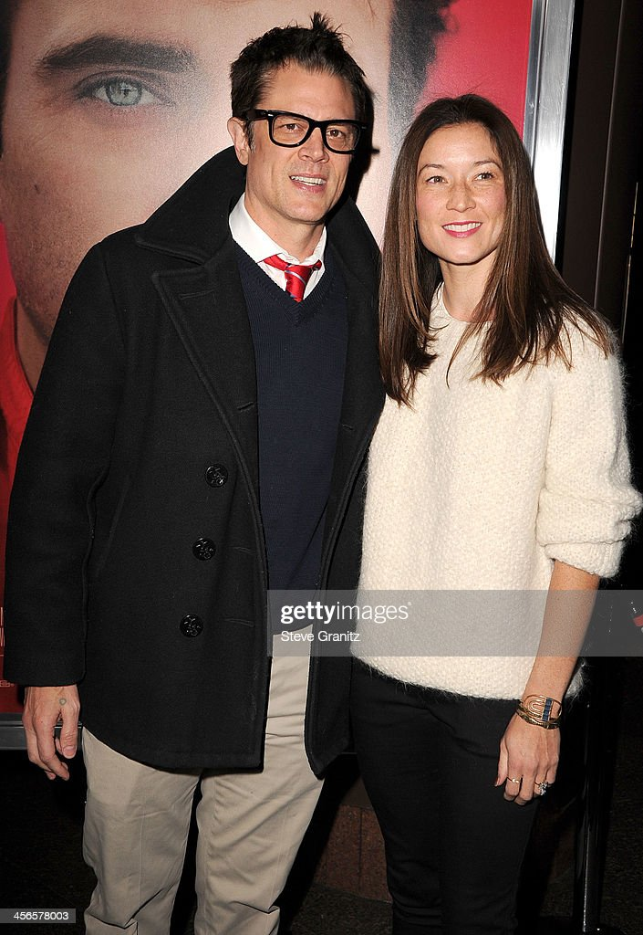 <a gi-track='captionPersonalityLinkClicked' href=/galleries/search?phrase=Johnny+Knoxville&family=editorial&specificpeople=206210 ng-click='$event.stopPropagation()'>Johnny Knoxville</a> and Naomi Nelson arrives at the 'Her' Los Angeles Premiere - Arrivals at Directors Guild Of America on December 12, 2013 in Los Angeles, California.