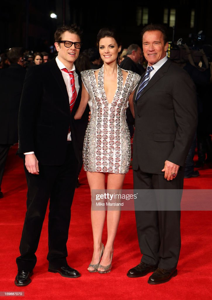 <a gi-track='captionPersonalityLinkClicked' href=/galleries/search?phrase=Johnny+Knoxville&family=editorial&specificpeople=206210 ng-click='$event.stopPropagation()'>Johnny Knoxville</a>, <a gi-track='captionPersonalityLinkClicked' href=/galleries/search?phrase=Jaimie+Alexander&family=editorial&specificpeople=544496 ng-click='$event.stopPropagation()'>Jaimie Alexander</a> and <a gi-track='captionPersonalityLinkClicked' href=/galleries/search?phrase=Arnold+Schwarzenegger&family=editorial&specificpeople=156406 ng-click='$event.stopPropagation()'>Arnold Schwarzenegger</a> attend the European Premiere of The Last Stand at Odeon West End on January 22, 2013 in London, England.