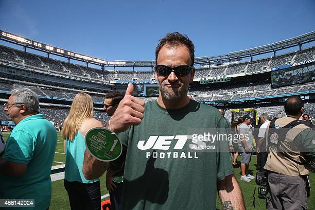 Johnny Lee Miller attends the Cleveland Browns VS New York Jets Game at MetLife Stadium on September 13 2015 in East Rutherford New Jersey