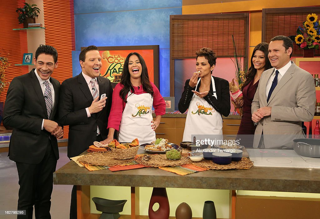 Johnny Lozada, Raul Gonzalez, Karla Martinez, Halle Berry, Ana Patricia Gonzalez and Alan Tacher appear on Univision's Despierta America to promote her film 'The Call' at Univision Headquarters on February 27, 2013 in Miami, Florida.