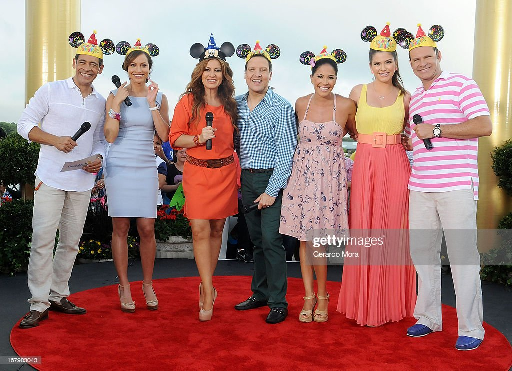 Johnny Lozada, Satcha Pretto, Paola Gutierrez, Raul Gonzalez, Karla Martinez, Ana Patricia Gonzalez and Alan Tacher pose during Univision's morning show Despierta America 16th anniversary at Epcot Center Walt Disney World on May 3, 2013 in Orlando, Florida.