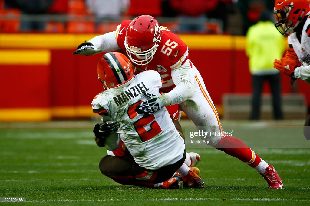 Johnny Manziel #2 of the Cleveland Browns is tackled by Dee Ford #55 of the Kansas City Chiefs at Arrowhead Stadium during the fourth quarter of the game on December 27, 2015 in Kansas City, Missouri.