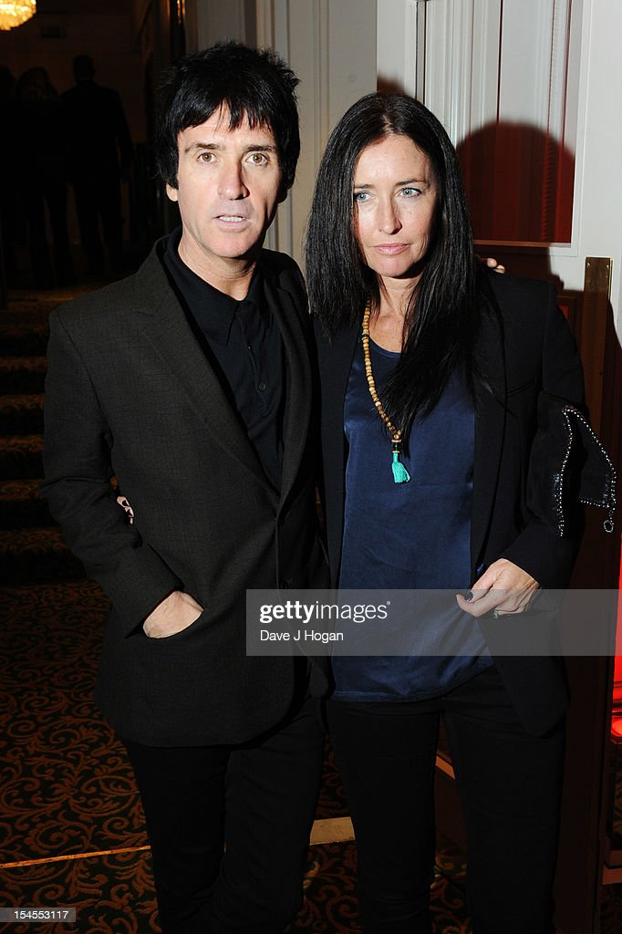 <a gi-track='captionPersonalityLinkClicked' href=/galleries/search?phrase=Johnny+Marr&family=editorial&specificpeople=3947211 ng-click='$event.stopPropagation()'>Johnny Marr</a> attends the Q Awards 2012 at The Grosvenor House Hotel on October 22, 2012 in London, England.