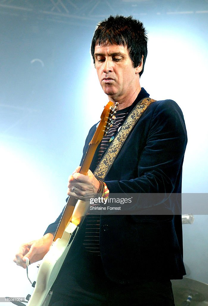 <a gi-track='captionPersonalityLinkClicked' href=/galleries/search?phrase=Johnny+Marr&family=editorial&specificpeople=3947211 ng-click='$event.stopPropagation()'>Johnny Marr</a> performs at Day 2 of the Parklife Festival at Heaton Park on June 9, 2013 in Manchester, England.