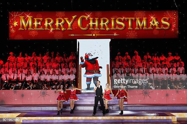 Johnny Ruffo performs on stage during Woolworths Carols in the Domain at The Domain on December 19 2015 in Sydney Australia Woolworths Carols in the...
