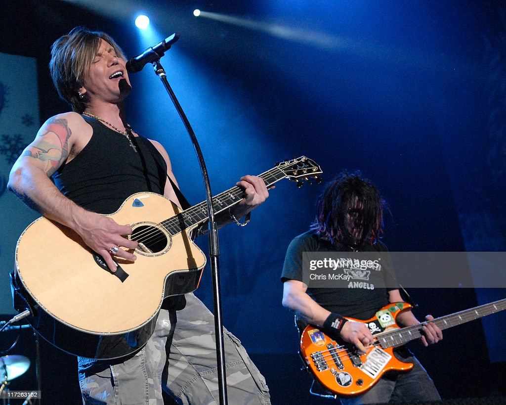Johnny Rzeznik and Robby Takak of Goo Goo Dolls during Star 94 Jingle Jam December 9 2006 at Gwinnett Center Arena in Duluth Georgia United States