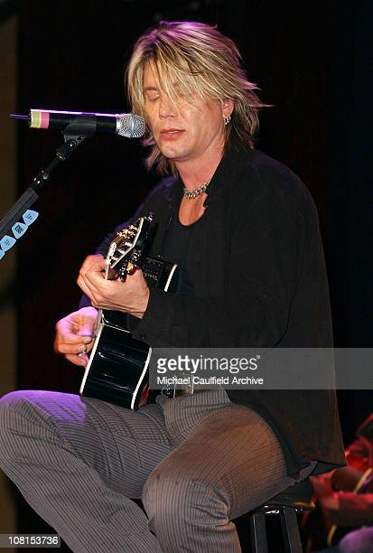 Johnny Rzeznik of the Goo Goo Dolls during The Lili Claire Foundation's 7th Annual Benefit Gala Hosted by Matthew Perry Show and Audience at Century...