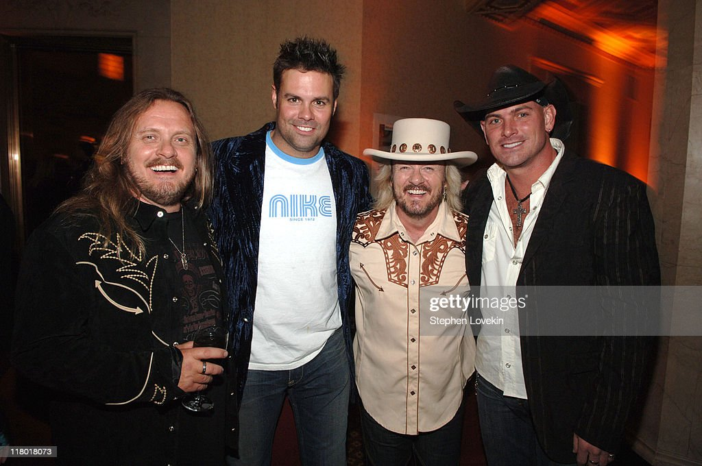 <a gi-track='captionPersonalityLinkClicked' href=/galleries/search?phrase=Johnny+Van+Zant&family=editorial&specificpeople=213799 ng-click='$event.stopPropagation()'>Johnny Van Zant</a>, <a gi-track='captionPersonalityLinkClicked' href=/galleries/search?phrase=Troy+Gentry&family=editorial&specificpeople=587645 ng-click='$event.stopPropagation()'>Troy Gentry</a>, <a gi-track='captionPersonalityLinkClicked' href=/galleries/search?phrase=Donnie+Van+Zant&family=editorial&specificpeople=226742 ng-click='$event.stopPropagation()'>Donnie Van Zant</a> and <a gi-track='captionPersonalityLinkClicked' href=/galleries/search?phrase=Keith+Anderson&family=editorial&specificpeople=619167 ng-click='$event.stopPropagation()'>Keith Anderson</a>