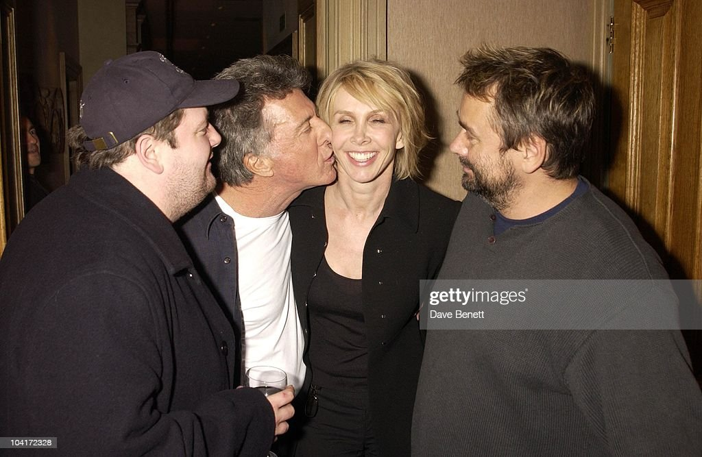 Johnny Vegas, Dustin Hoffman, Trudie Styler And Luc Besson, American Actor Dustin Hoffman At The Charlotte Street Hotel.for The Screening Of His New Movie Ômoonlight Mile'